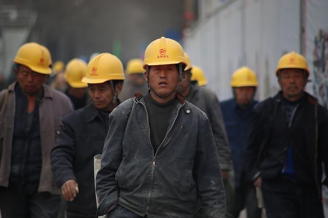 čínští dělníci
