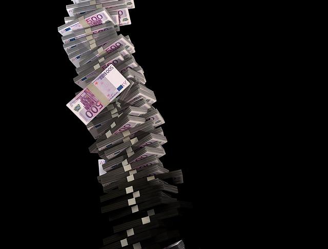 sloup peněz