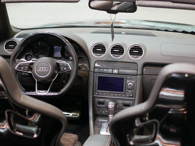 vnitřek auta