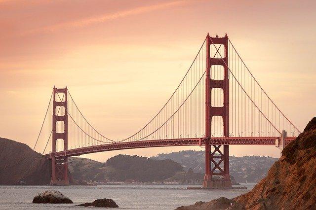 San Francisco snulovým rozpočtom