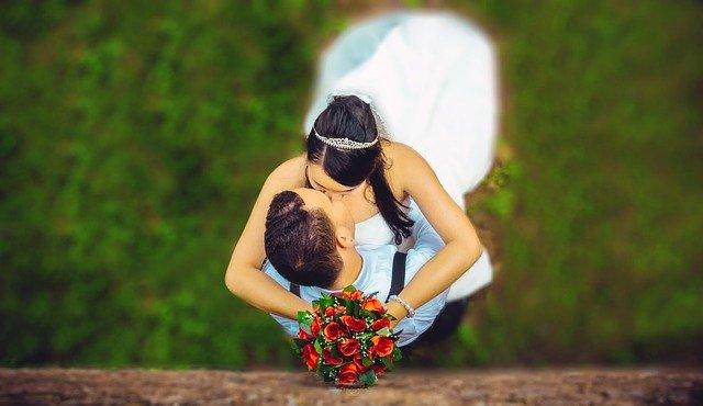Široký výber svadobných pozvánok pre každú dvojicu